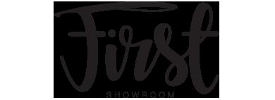 showroomfirst_logo